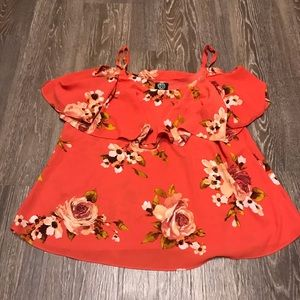 Cute flowery tank with flowy top layer